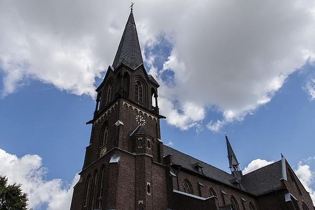 Blick auf die Pfarrkirche Sankt Pankratius.