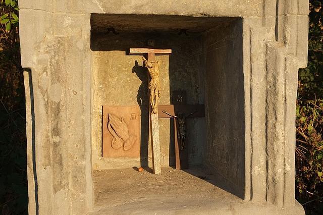 Kreuz im Fussfall am Liedberg