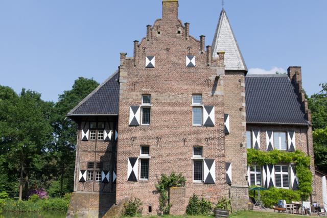 Haus Fürth mit umgebender Parkanlage