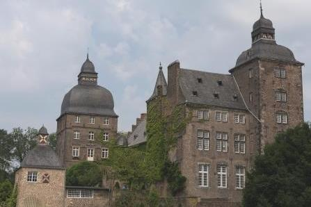 Totale: Schloss Myllendonk in Herrenshoff