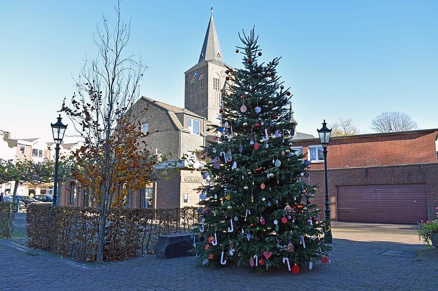 Weihnachtswunsch vor dem Rathaus