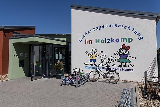 Eingang Kindertageseinrichtung Holzkamp