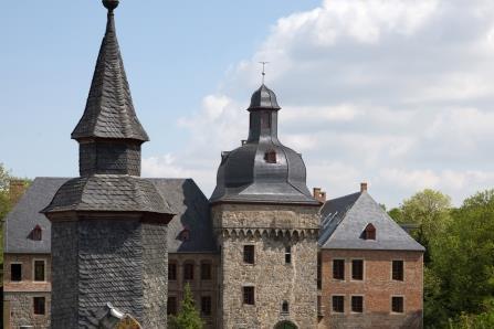 Totale: Schloss Liedberg