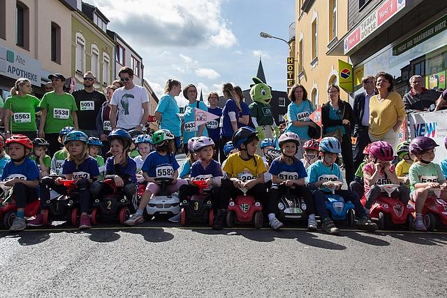 City-Lauf: Start Bobbycar-Rennen